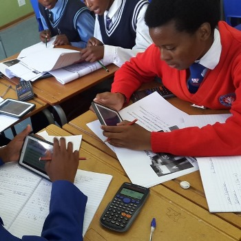 Successful tablet-based maths & science programme starts in Duncan Village